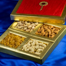 Dry Fruits Gift Boxes - For A Royal Offering!